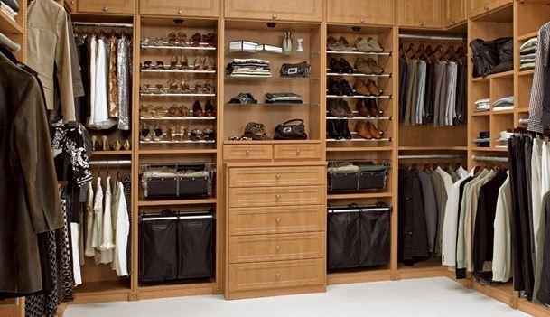 Blues latino carlos santana muebles lolo morales for Closet modernos para hombres