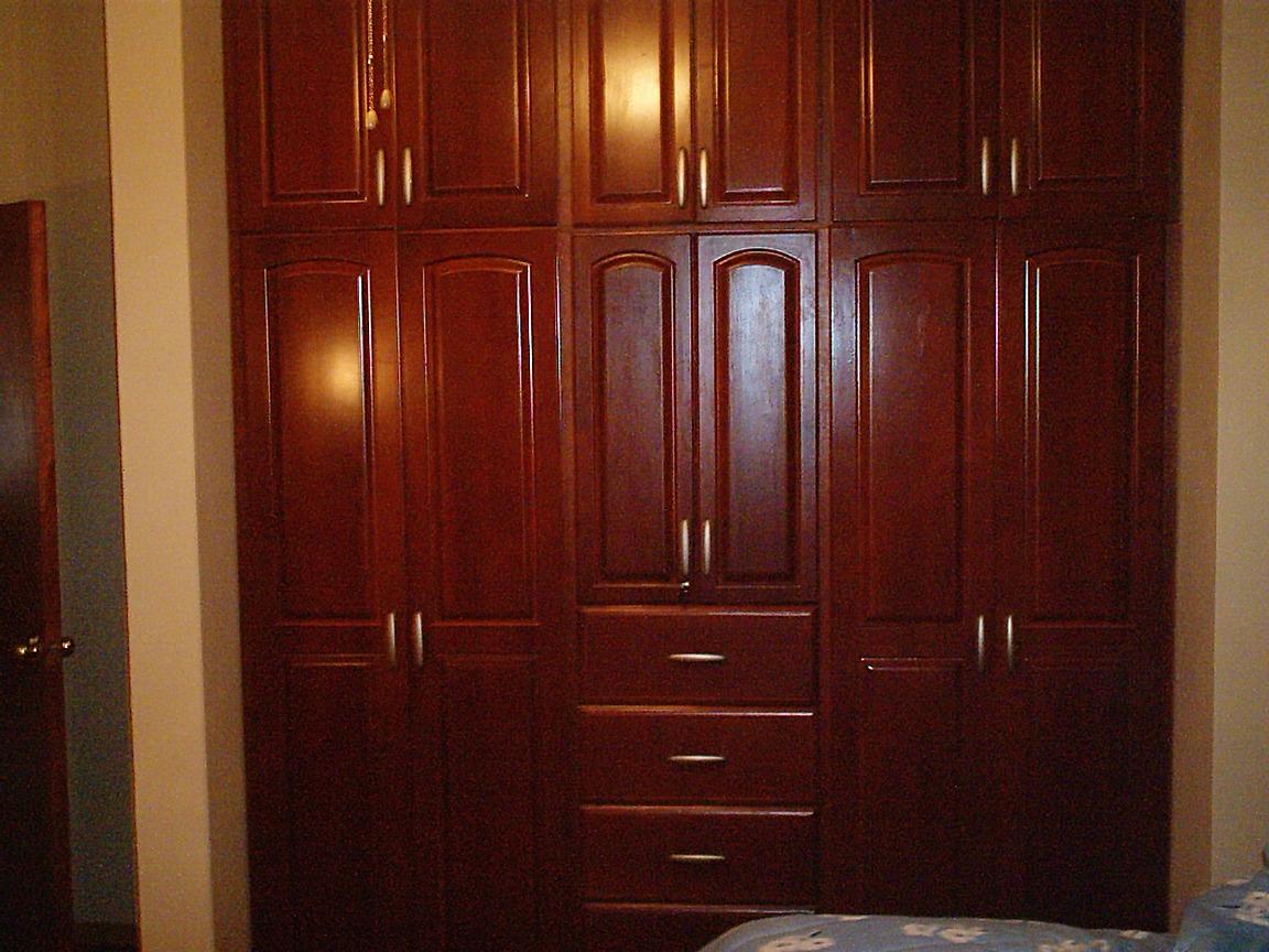 Closet muebles lolo morales nicaragua custom furniture for Closet en madera